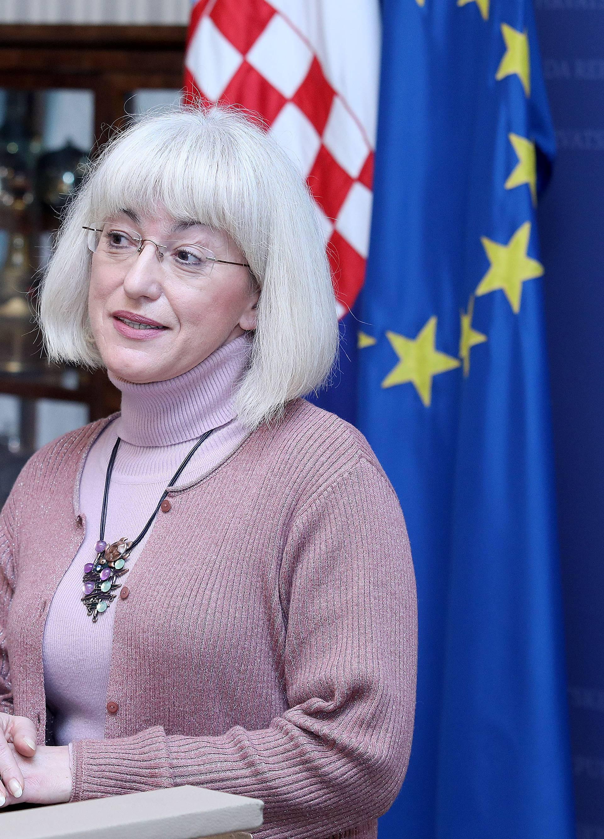 Ministrica Bedeković: 'Nema jedinstvene definicije obitelji'