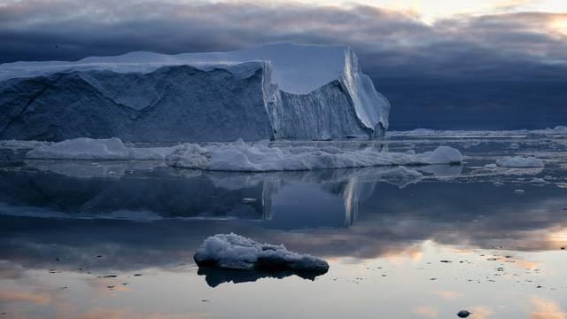 VIDEO Eqi-Odlamajući ledenjak: 'Jedan je od najvećih ledenjaka na svijetu koji se odlamaju'