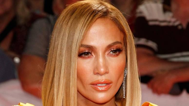Jennifer Lopez otkrila je tajnu svog sjajnog tena: Voda, san...