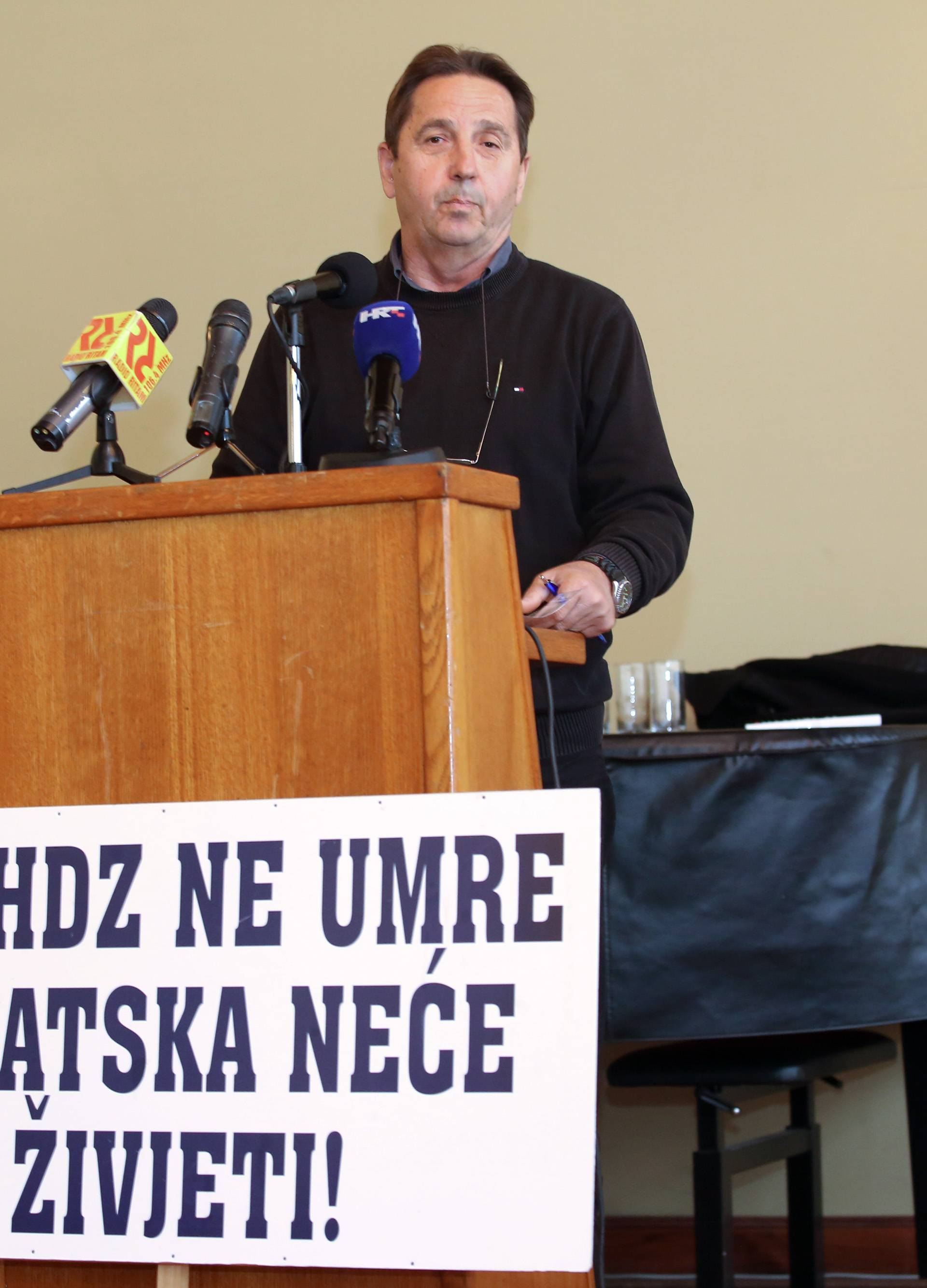 Show Stipe Petrine: 'Dok HDZ ne umre, Hrvatska neće  živjeti'