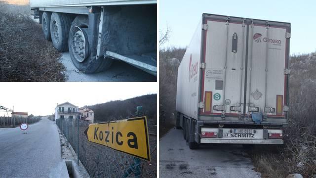Halo, GPS?! Zapeo kamion pun sira iz Litve, ne može mrdnuti