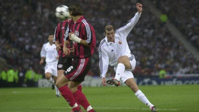 Živković: Molili smo se da nam Zidane puca, a on zabije volej...