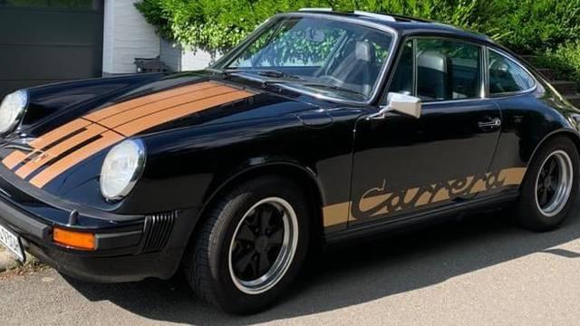 Velika krađa u Italiji: Na sajmu automobila ukradena su tri vrijedna oltimera Porchea 911