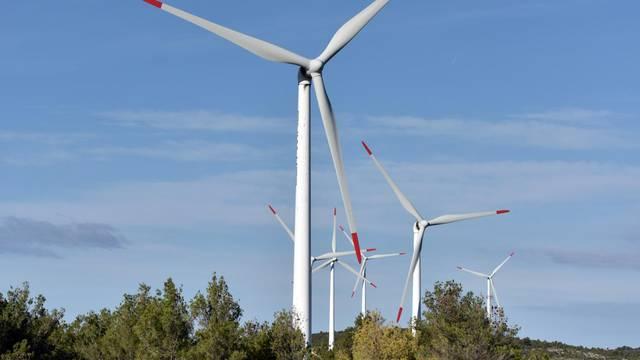 Crna Gora ulaže 700 mil. eura u obnovljive izvore energije...