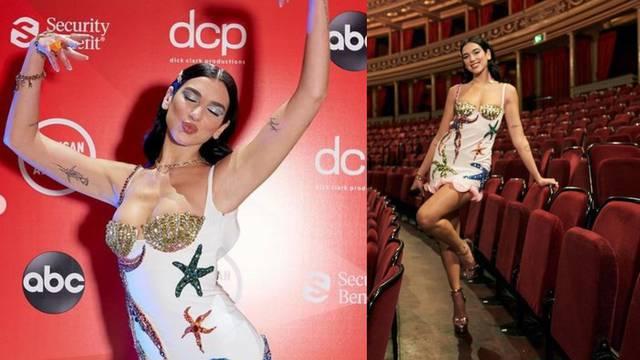 Glam look: Dua Lipa zabljesnula je u Versace kreaciji s kristalima