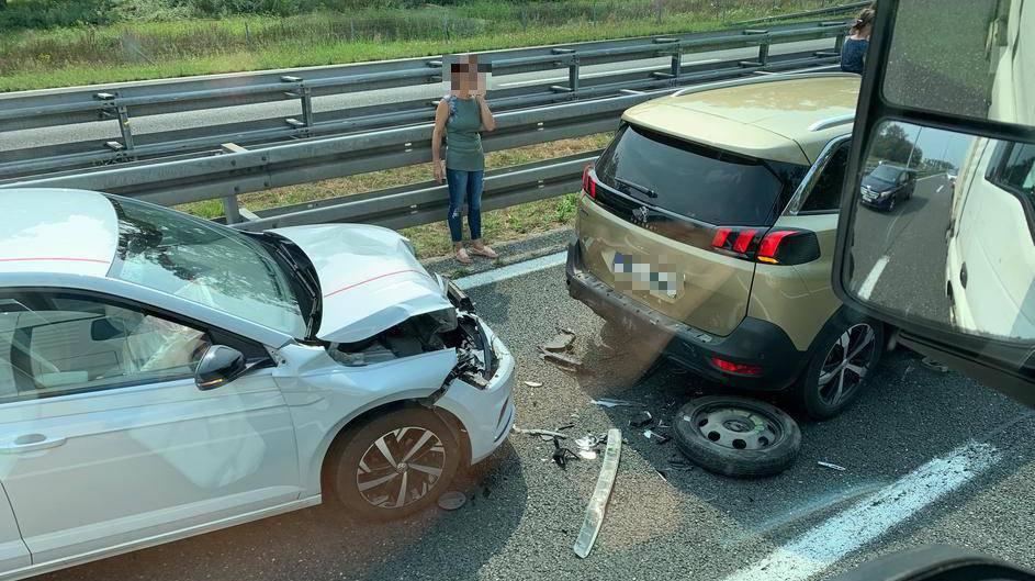 Dvije prometne nesreće na A1 kod Karlovca, jedan ozlijeđen