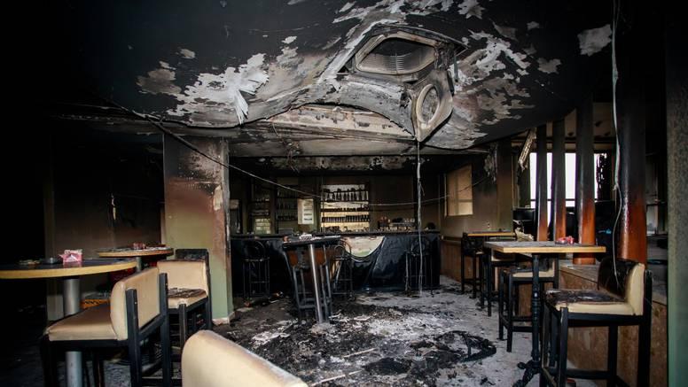 Uhitili muškarca: Zapalio kafić u Sinju nakon prijetnji vlasniku