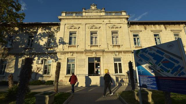 U Općoj bolnici Zadar do daljnjega su zabranjene posjete na svim odjelima