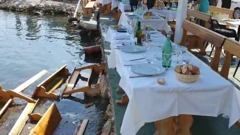 Dožupan, načelnik i direktor sjeli na ručak pa propali u more