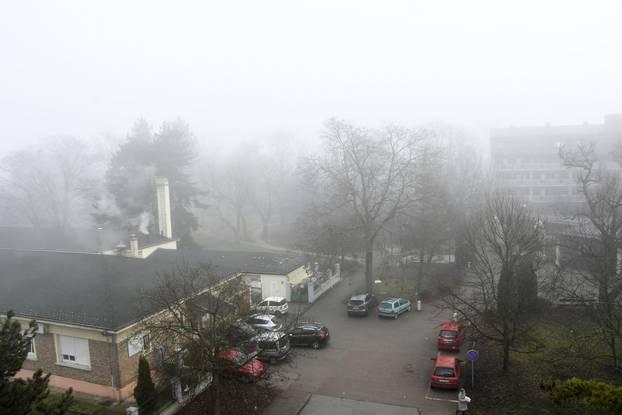 Gusta magla nad Siskom