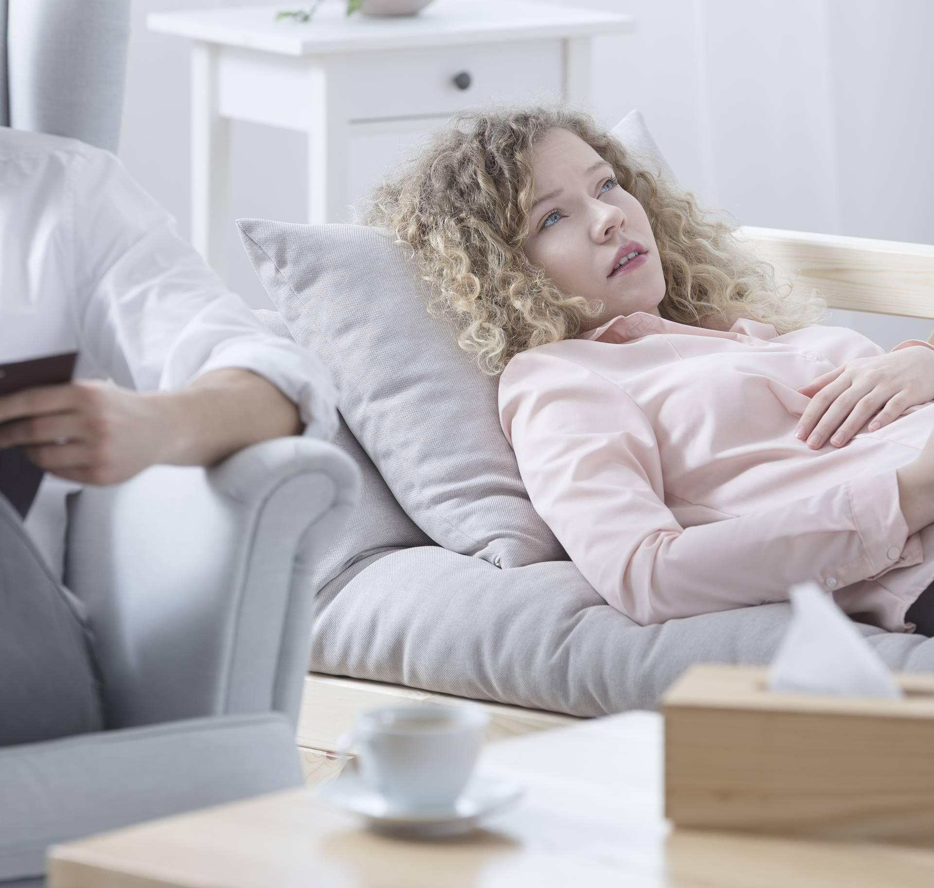 Psiholozi otkrili kojih 9 stvari ljude najviše muče zbog korone