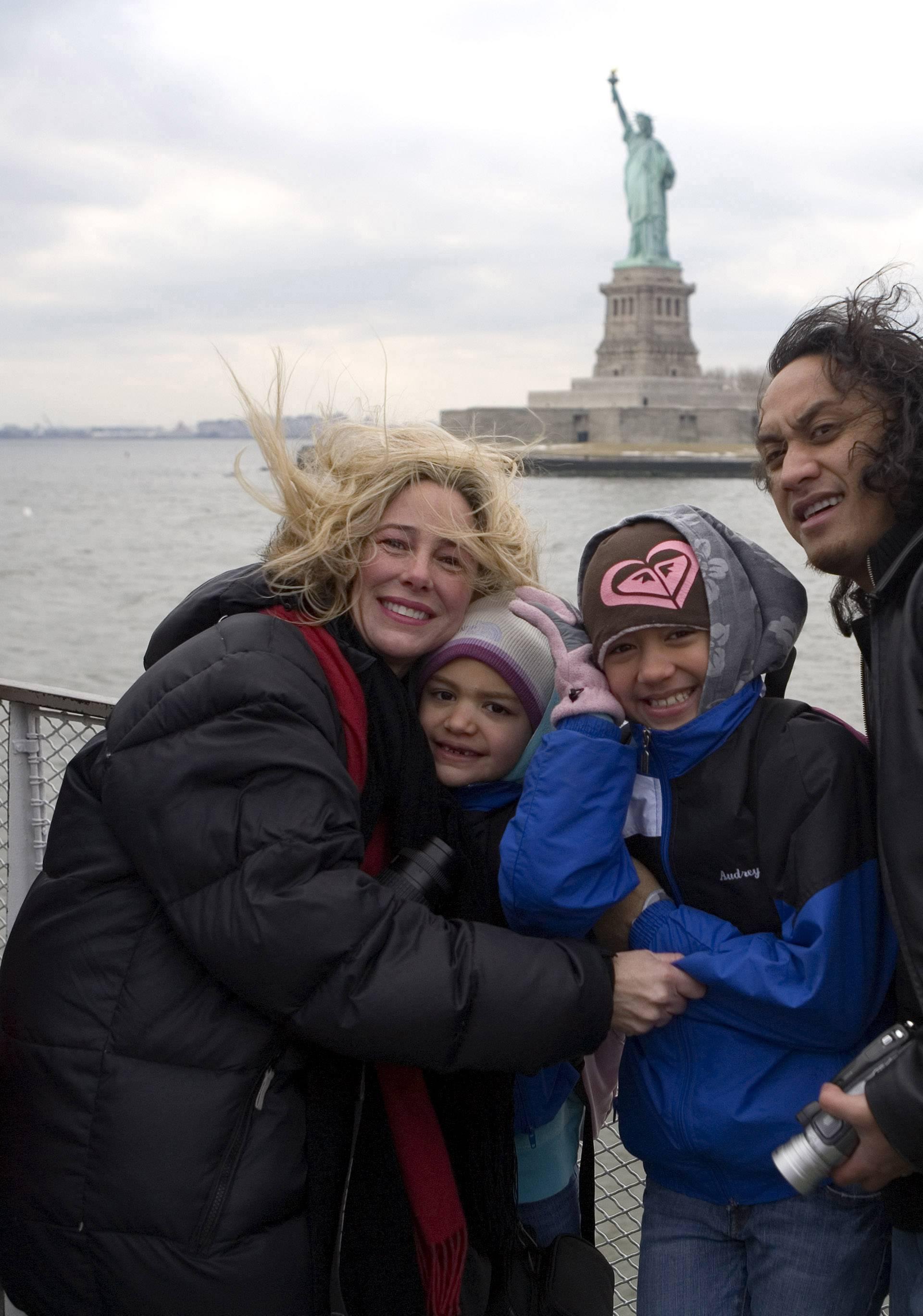Mary Kay Letourneau with husband Vili Fualaau and children Audrey and Georgia