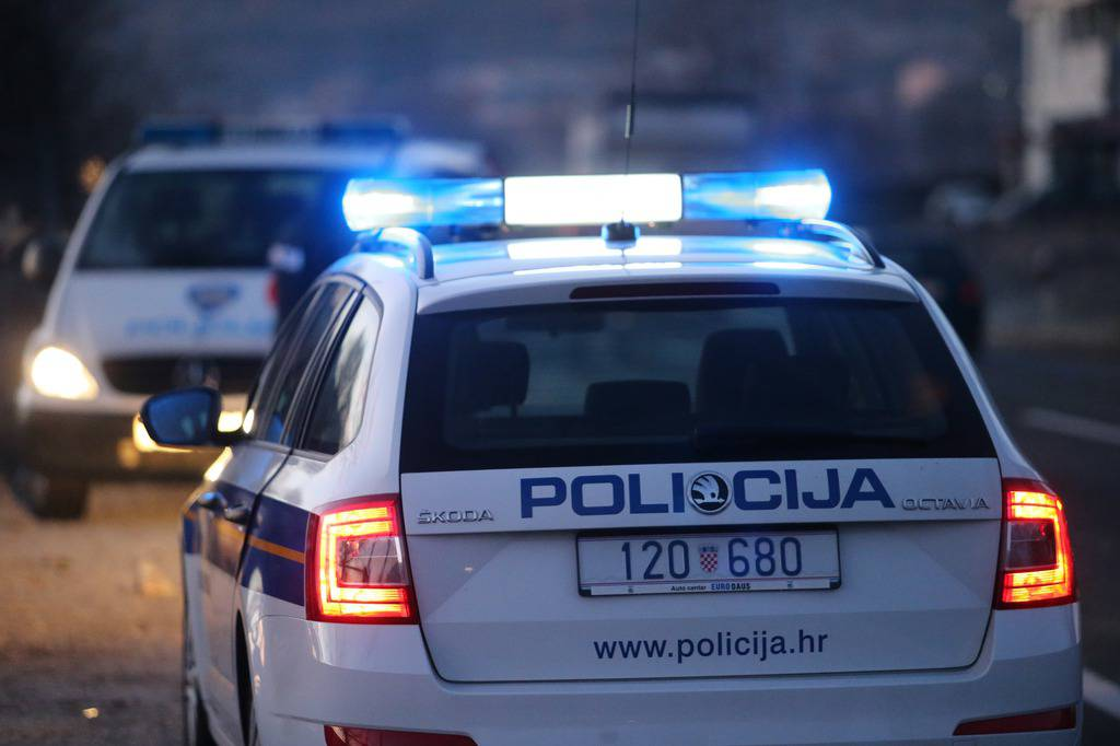 Zadranin (53) uboden u prsa, privedeni su muškarac i žena