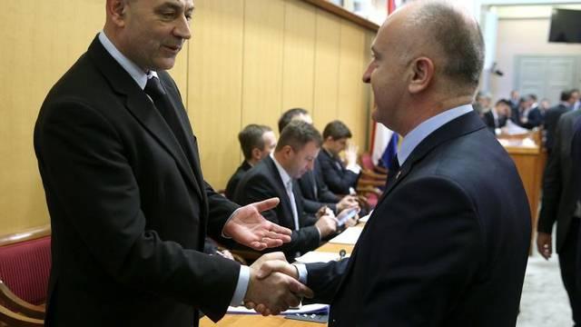 Ministar: Branitelji će sami odlučiti o uklanjanju šatora
