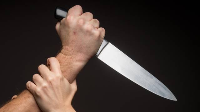 Sin (14) tajkuna ubio prijatelja zbog igrice: 'Prerezao je vrat'