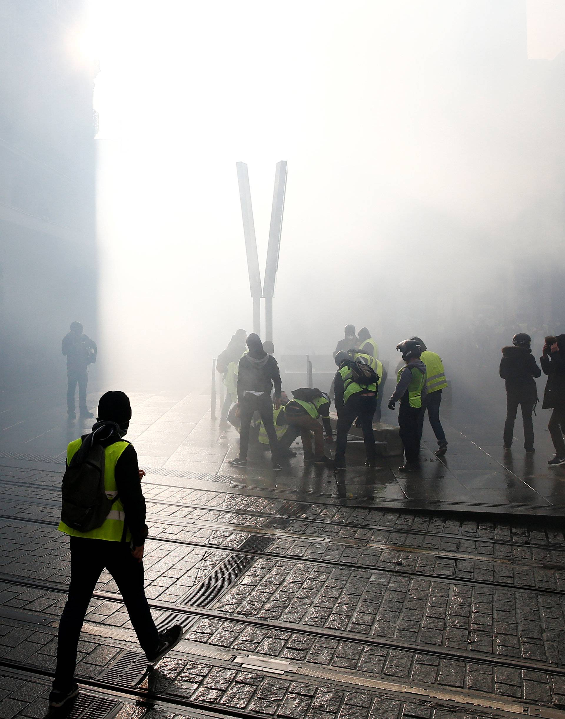 """Demonstration of the """"yellow vests"""" movement in Angers"""