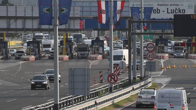 Zagreb: Pojačan promet na Naplatnoj postaji Lučko