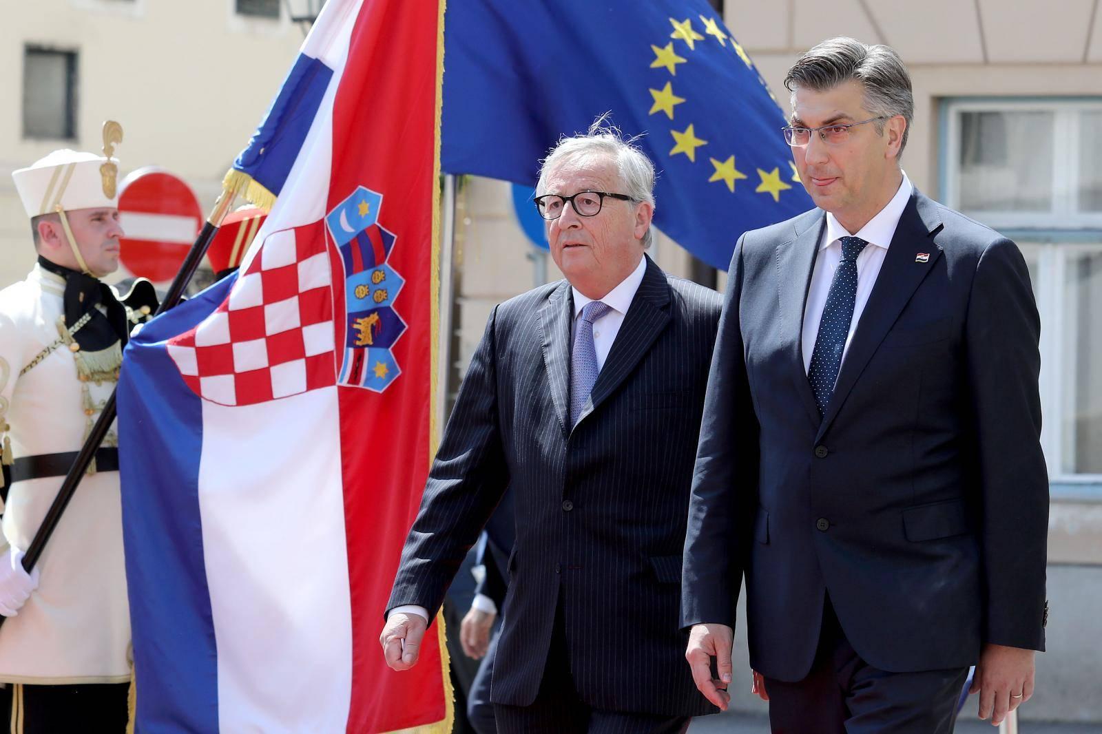 Zagreb: Predsjednik Vlade Andrej Plenković sastao se Jean-Claudeom Junckerom