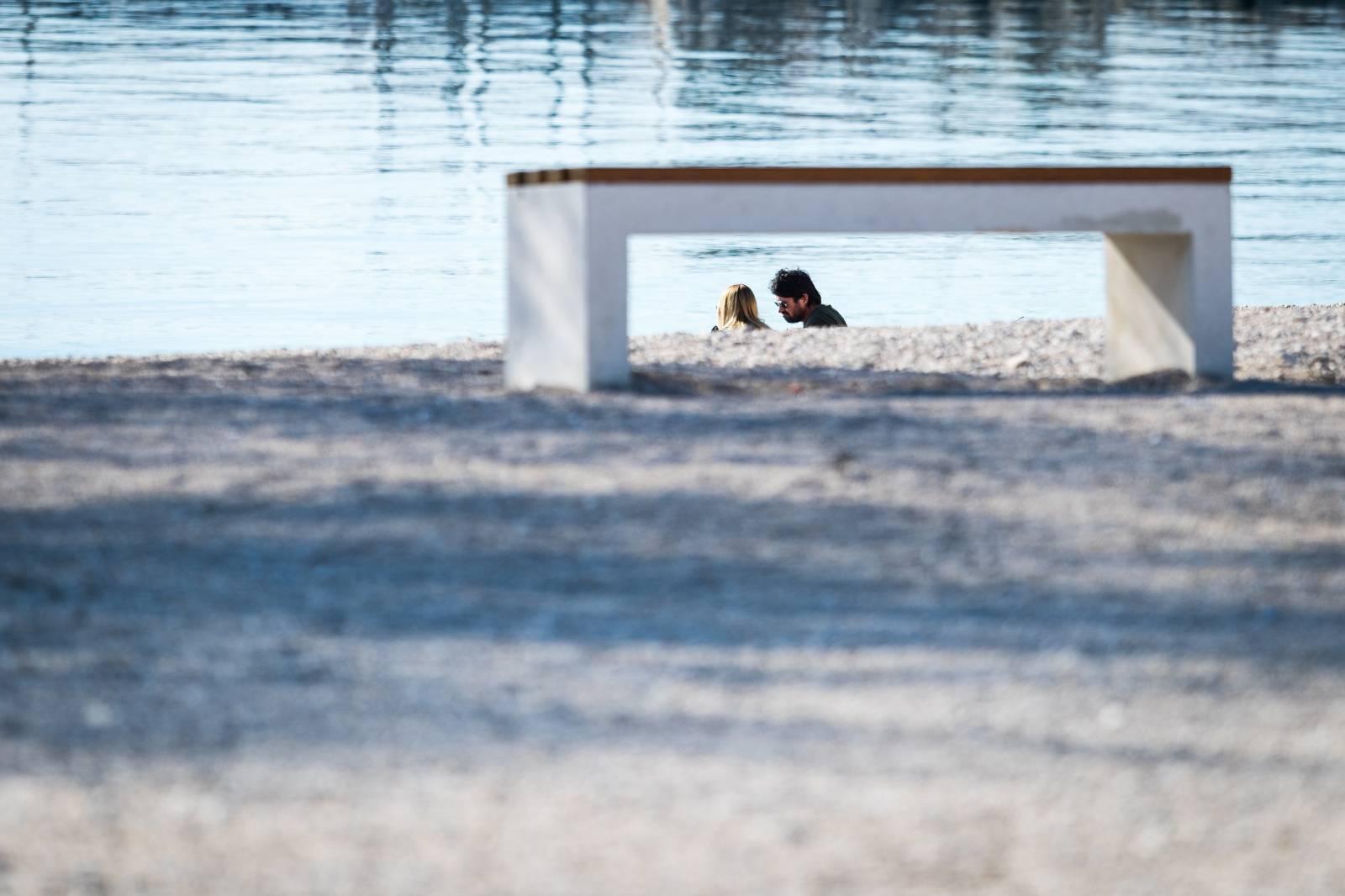 Sunčan dan u Splitu mami za boravak na otvorenome
