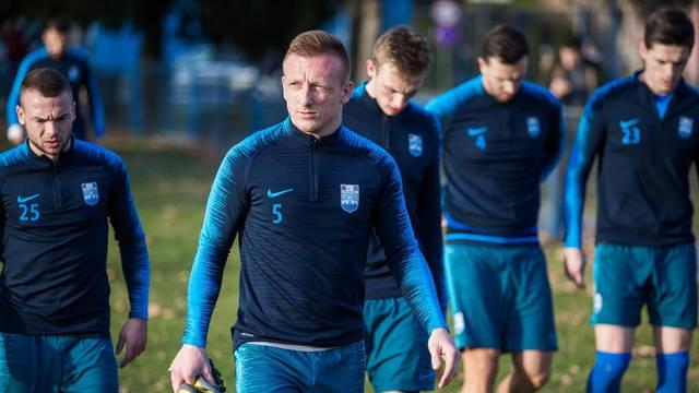 Osijek: NK Osijek odradio trening na pomoćnom igralištu stadiona Gradski vrt