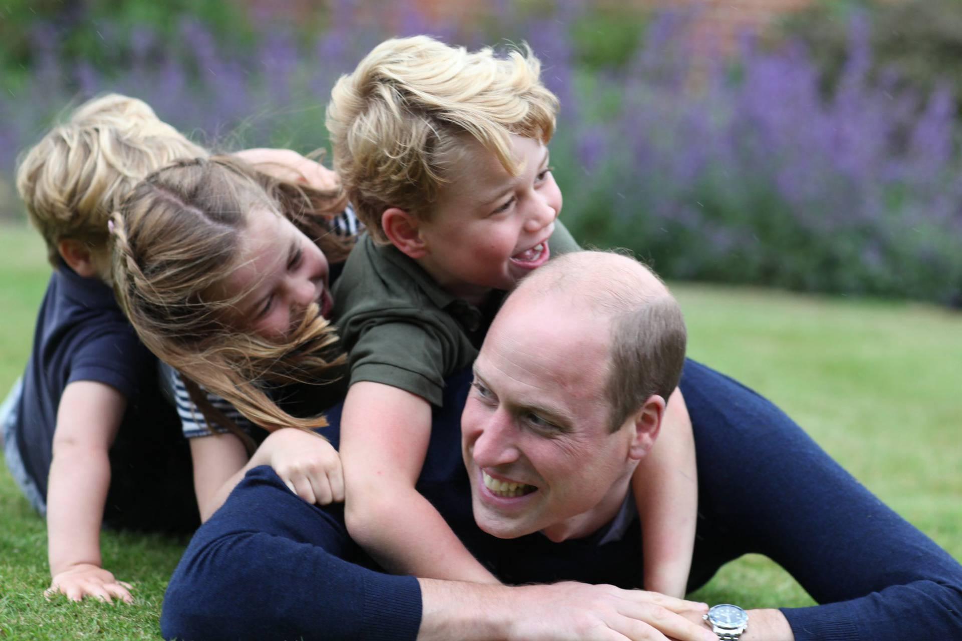 William je proslavio rođendan u privatnosti: Pozirao je s djecom