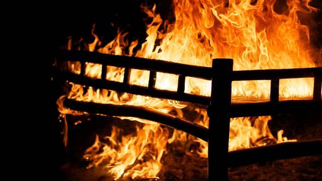 Strava u Srbiji: Zapalila se kuća od 150 kvadrata, vatrogasci pronašli dva izgorena tijela