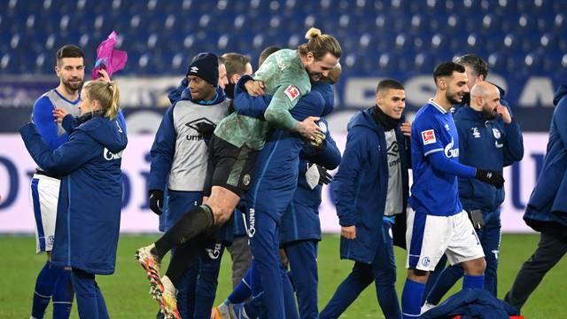 Bundesliga - Schalke 04 v TSG 1899 Hoffenheim