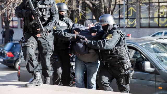 Velika policijska akcija u Mostaru, uhićenja zbog otmice, iznude i droge