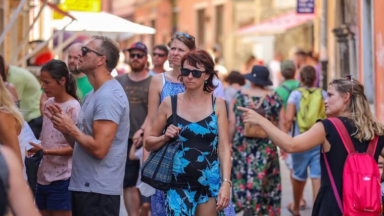 Zahvaljujući oporavku turizma, Hrvatska je stvorila uvjete za smanjenje velikog javnog duga