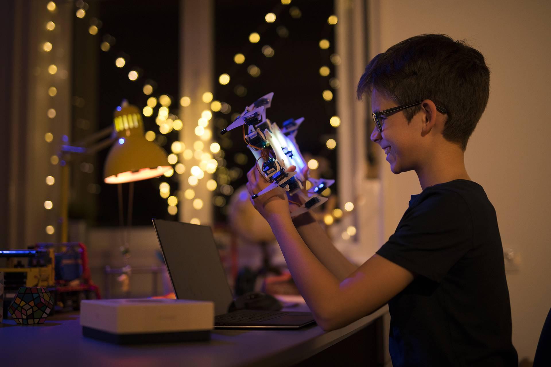 Hrvati lansirali novu generaciju robota: Reagiraju na škakljanje