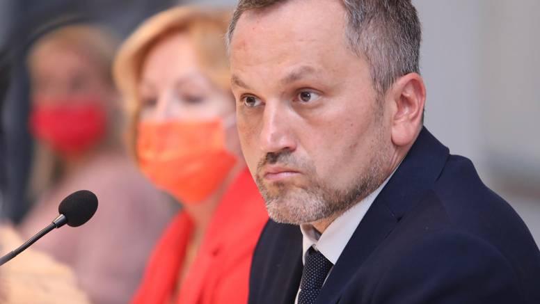 Nakon izbora Mate Šimundića pljušte optužbe za trgovinu
