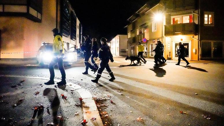 Petero ljudi ubijeno, a dvoje je ozlijeđeno u napadu: Ozlijeđen i policajac koji je bio van službe