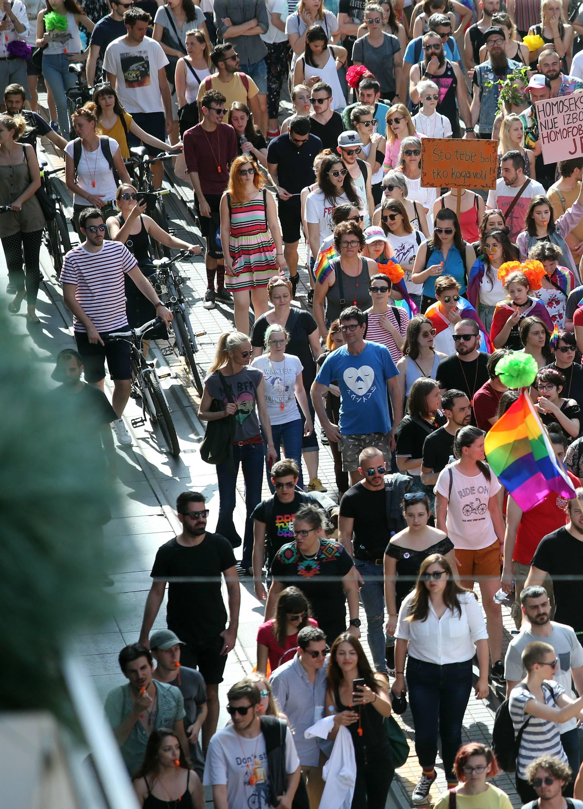 Nekoliko tisuća ljudi u Povorci ponosa: Želimo ljubav i slobodu
