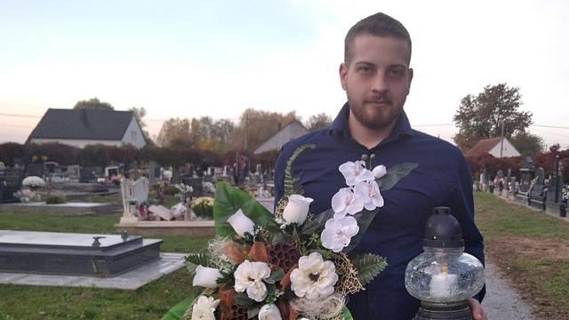 Mladić (21) iz Suhopolja čisti grobna mjesta za one koji to ne mogu: 'Znam koliko im to znači'
