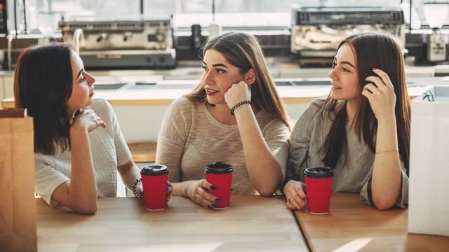 Zašto se broj prijatelja smanjuje usred krize i zašto je to dobro?