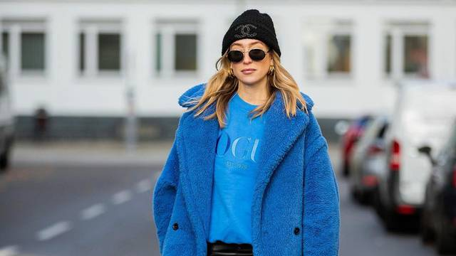 Ugodna kombinacija: Sportivo vesta, plavi 'teddy' kaput i koža