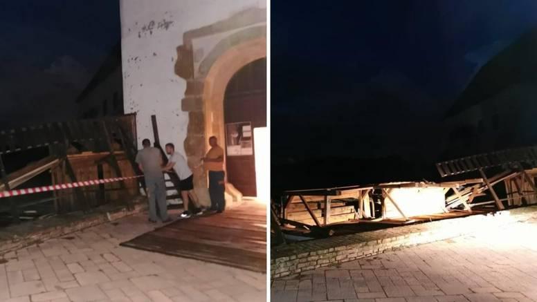 Olujno nevrijeme u Đurđevcu srušilo bedeme starog grada