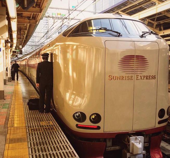 Kako japanski vlakovi izgledaju iznutra - nije ni čudno da ih vole