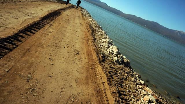 Iz Buškog jezera u BiH nestale su tri endemske riblje vrste