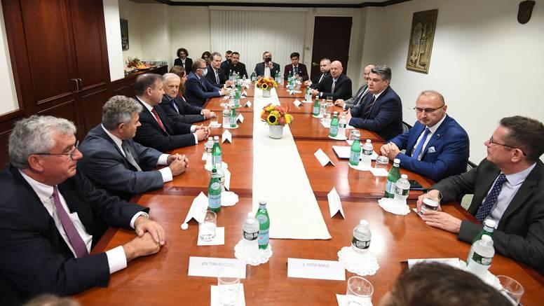 New York: Zoran Milanović se susreo s predstavnicima Hrvata