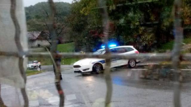 Mladić poginuo u frontalnom sudaru busa i auta kod Petrinje