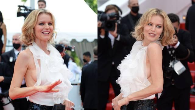 Manekenka se proslavila svojim grudnjacima, ali u Cannesu ga je ipak 'zaboravila' odjenuti