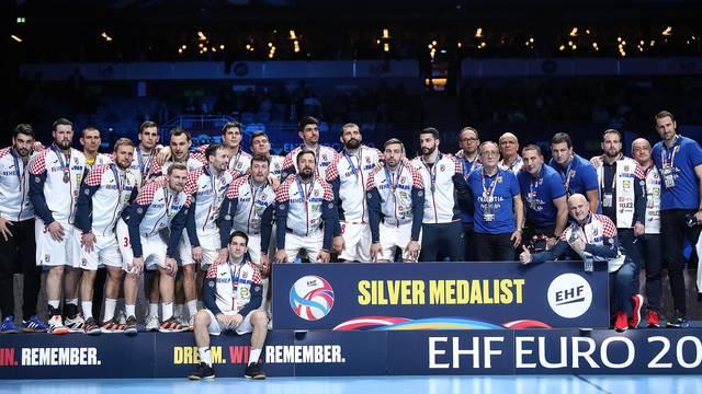 Stockholm: Rukometaši Hrvatske nakon borbe u finalu okrunjeni srebrnim medaljama
