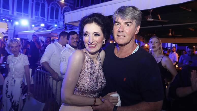 Ovako je prije 31 godinu Doris Dragović izgledala na vjenčanju