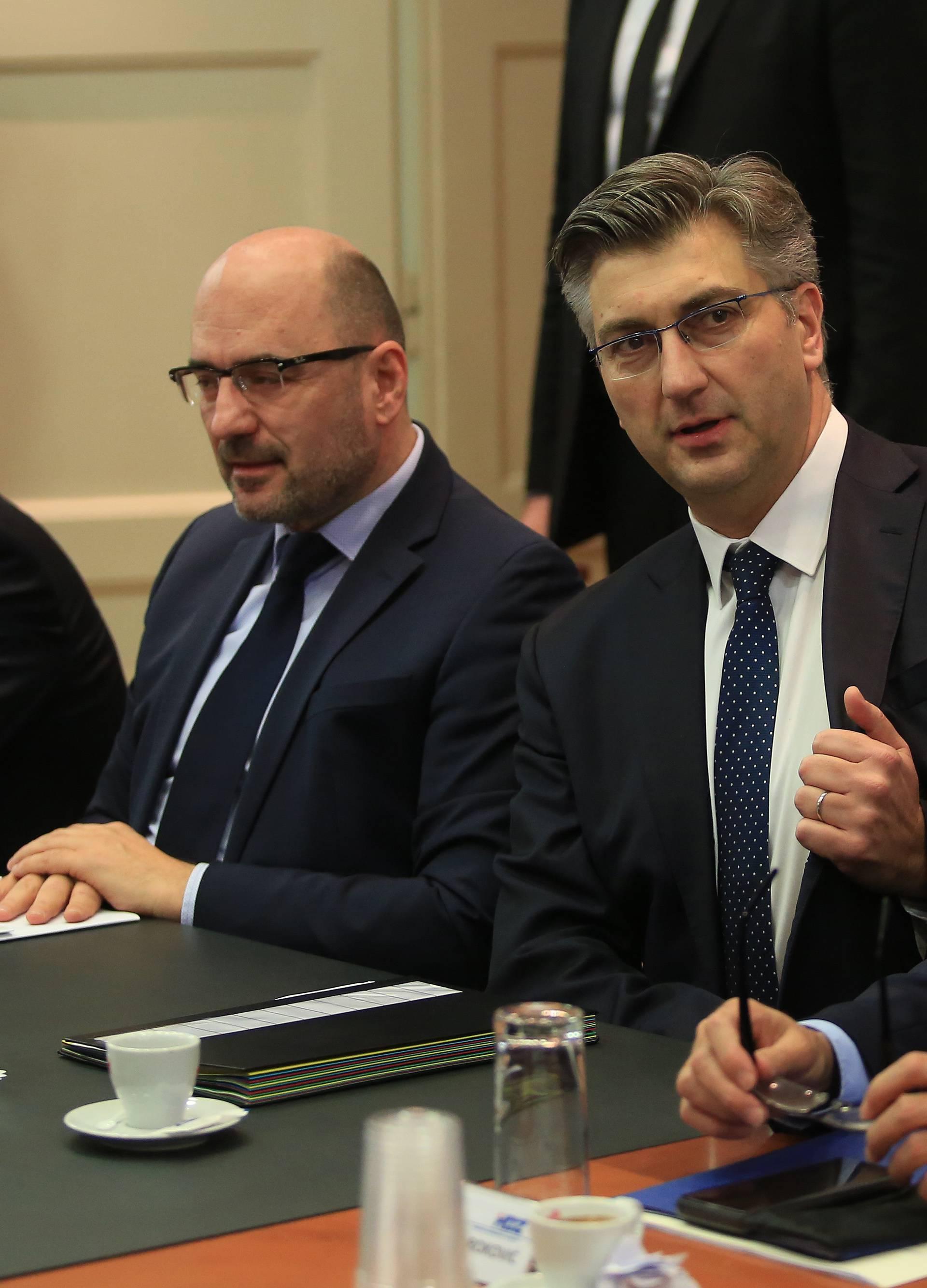 'Nije Penava nadležan da vodi politiku HDZ-a, već njegov vrh'