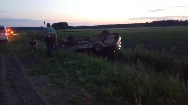 Četvero ozlijeđeno: Vozila bez vozačke i registracije, pila je...