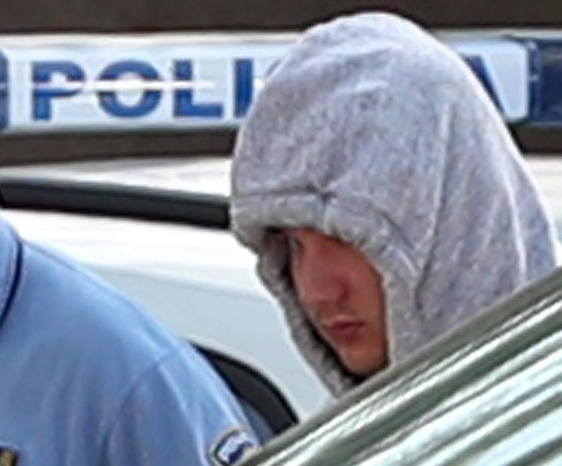 Kamenički prespavao u policiji: Šepajući stigao na ispitivanje...