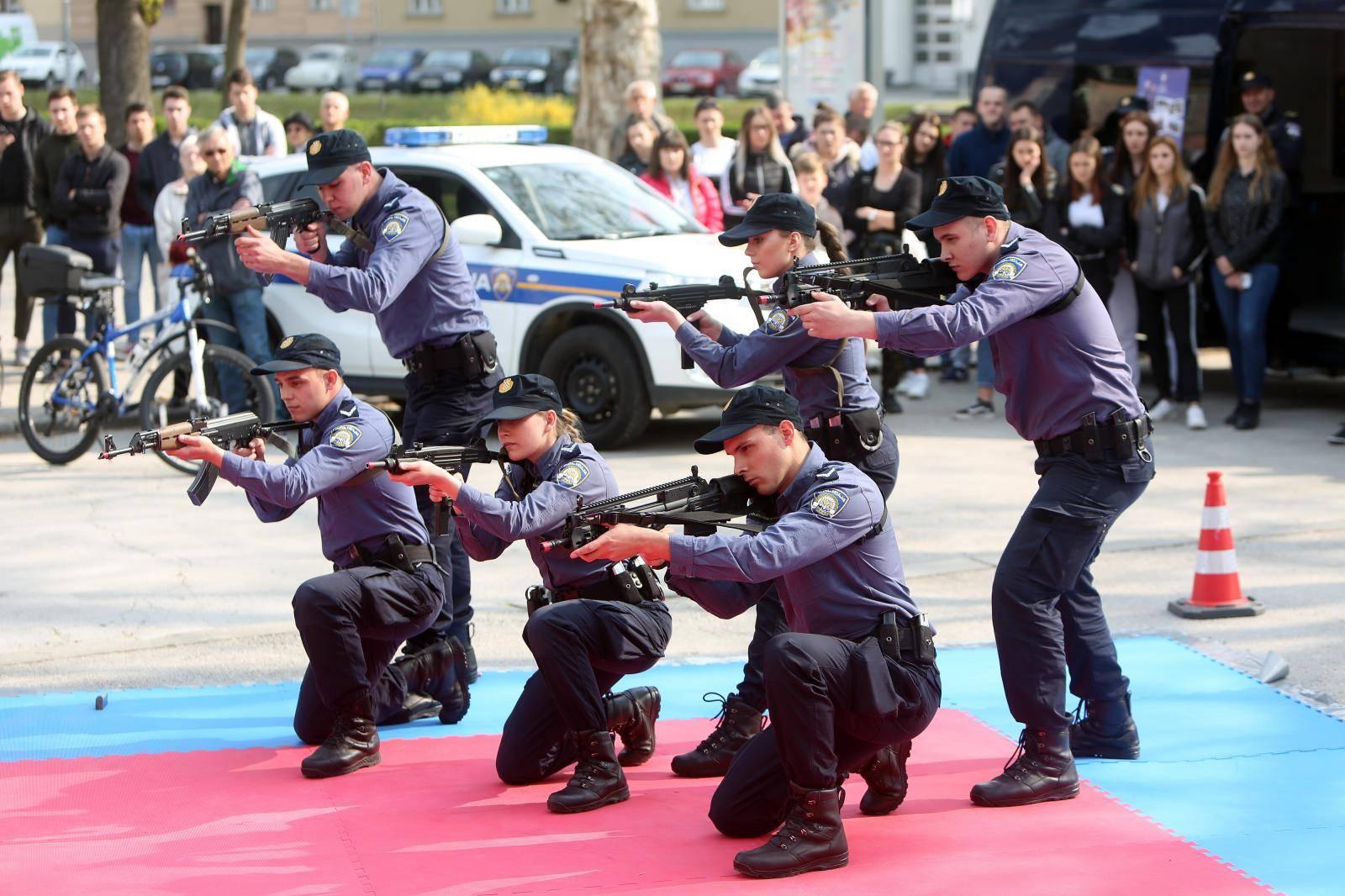 Karlovac: Dan otvorenih vrata Policijske akademije i Policijske škole Josip Jović