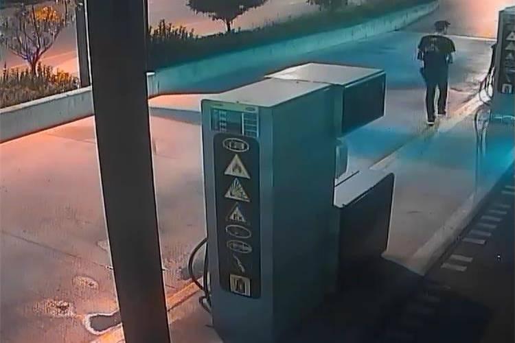 Zadar: Mladić polijevao gorivo na benzinskoj i onda ga zapalio