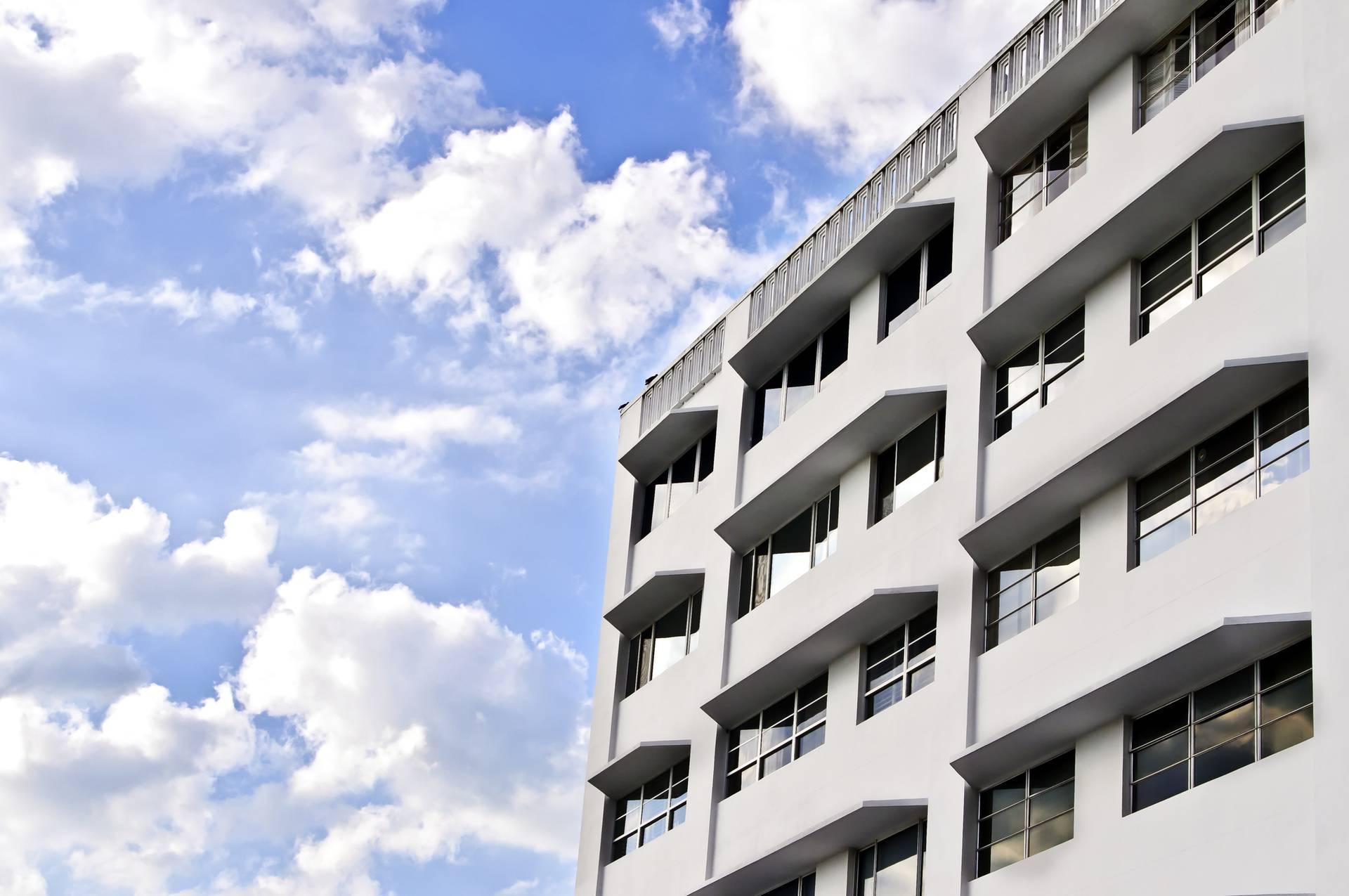 Superbijela boja može hladiti zgrade i dok ih grije jako sunce